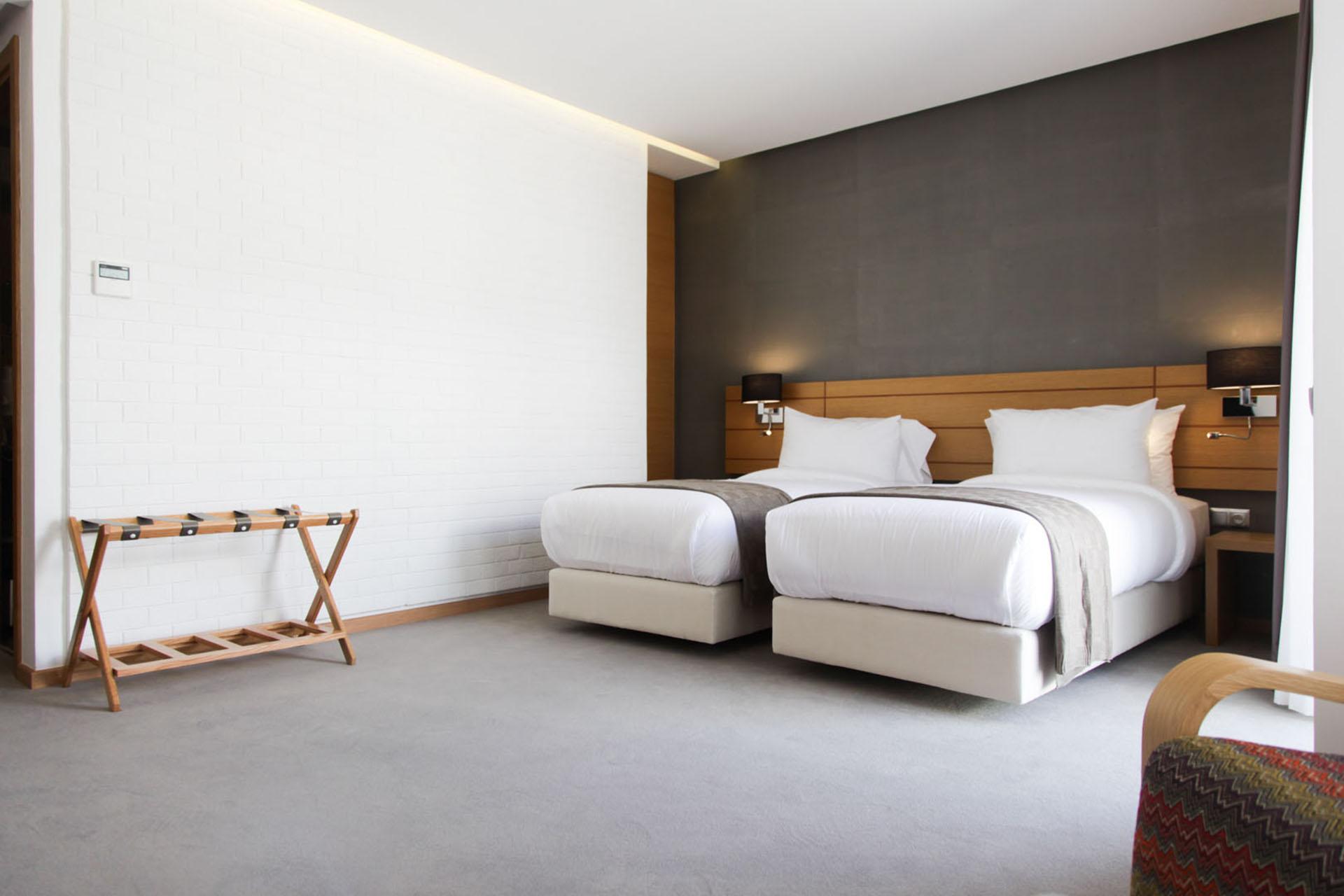 http://smartshotel.com/wp-content/uploads/2016/10/Superior-Room-4.jpg